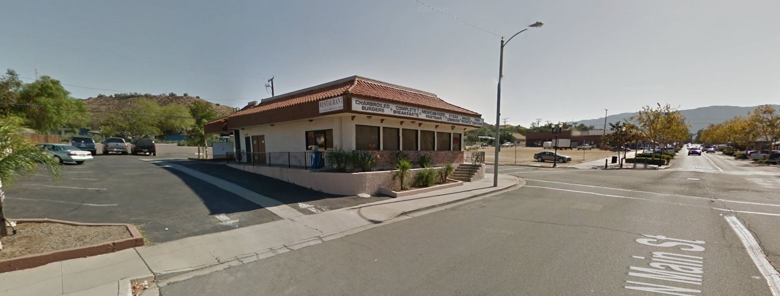 202 N. Main St. Lake Elsinore, CA 92530