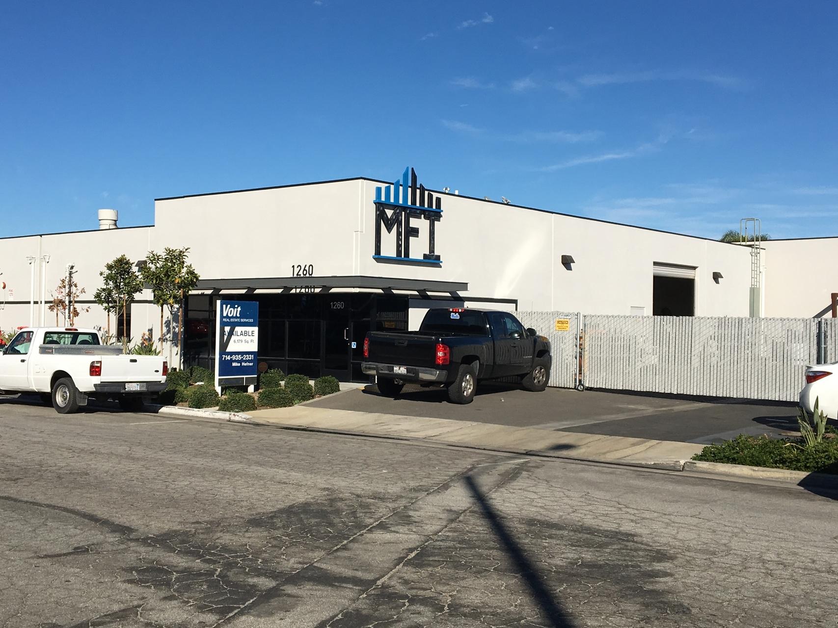 1260 N. Lance Lane Anaheim, CA 92806