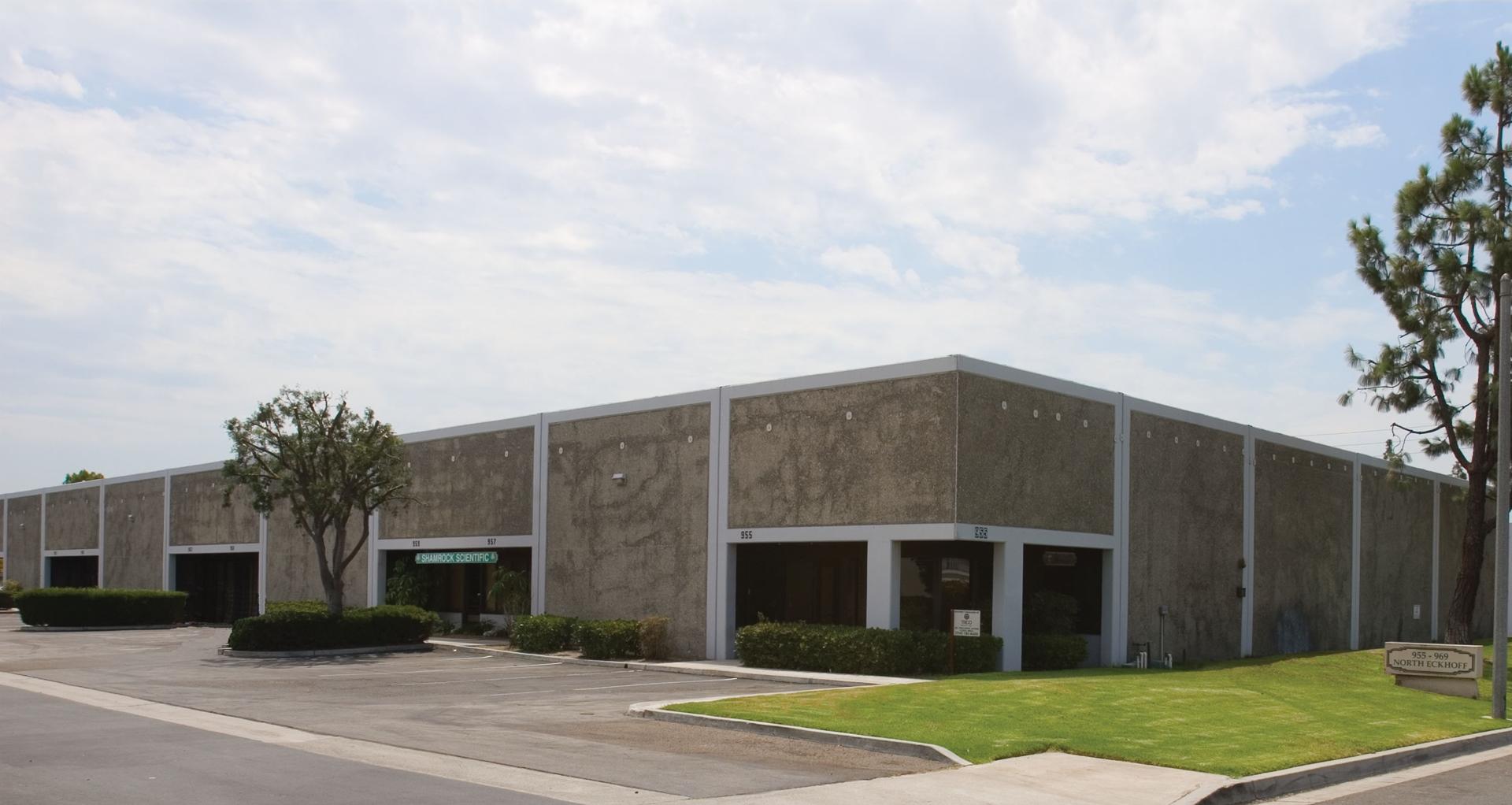 955 Eckhoff Street Orange, CA 92867