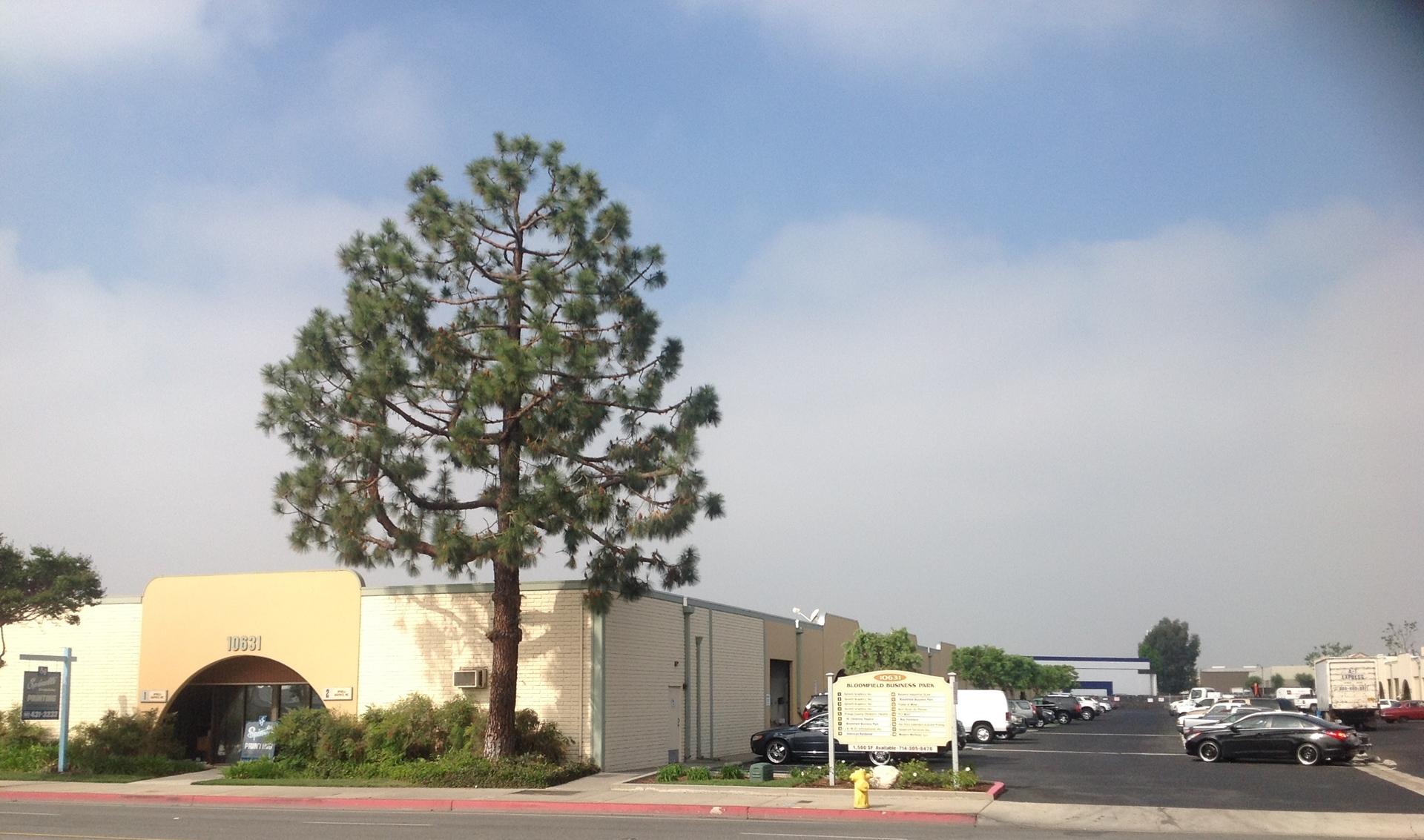 10631 Bloomfield Street Los Alamitos, CA 90720